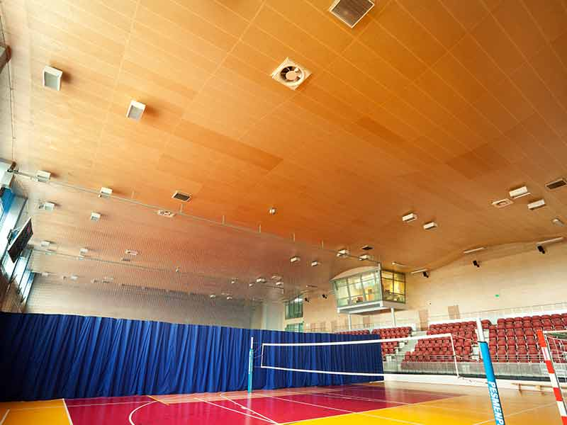 Sports hall in Lubon with Gustafs panels