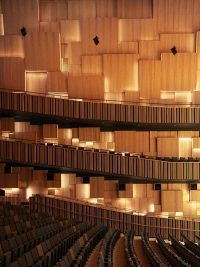 Wall cladding with Gustaf oak panels at Malmö Live Concert Hall
