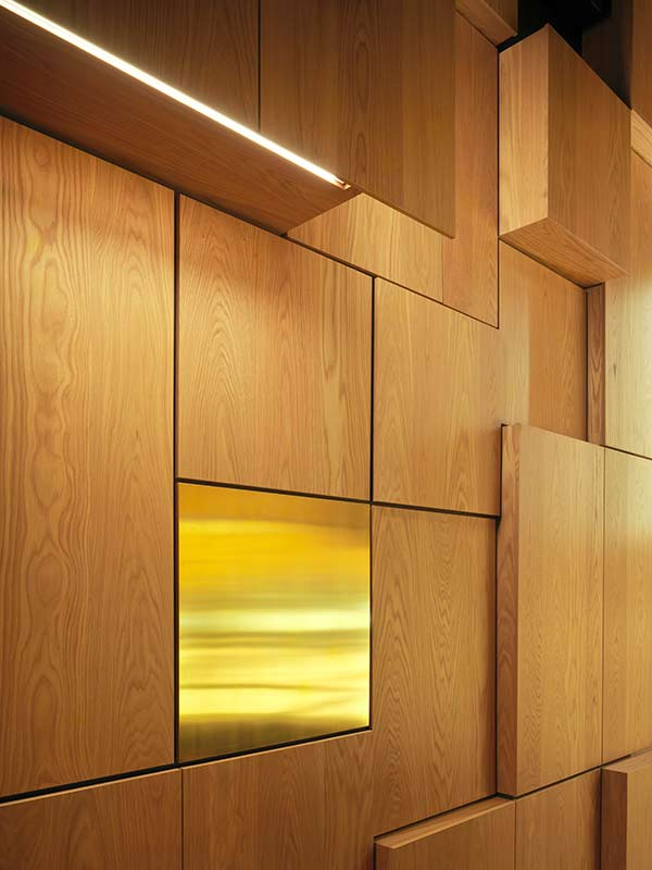 Oak panels for wall panelling at Malmö Live Concert hall