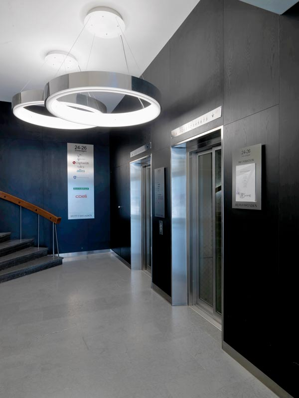 Entrance with decorative wall panels