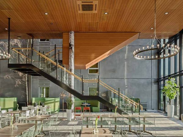 Hotel restaurant cladded with wooden panels