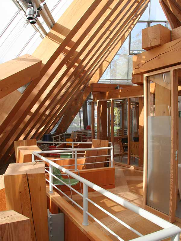 Danish hospital with wooden panels
