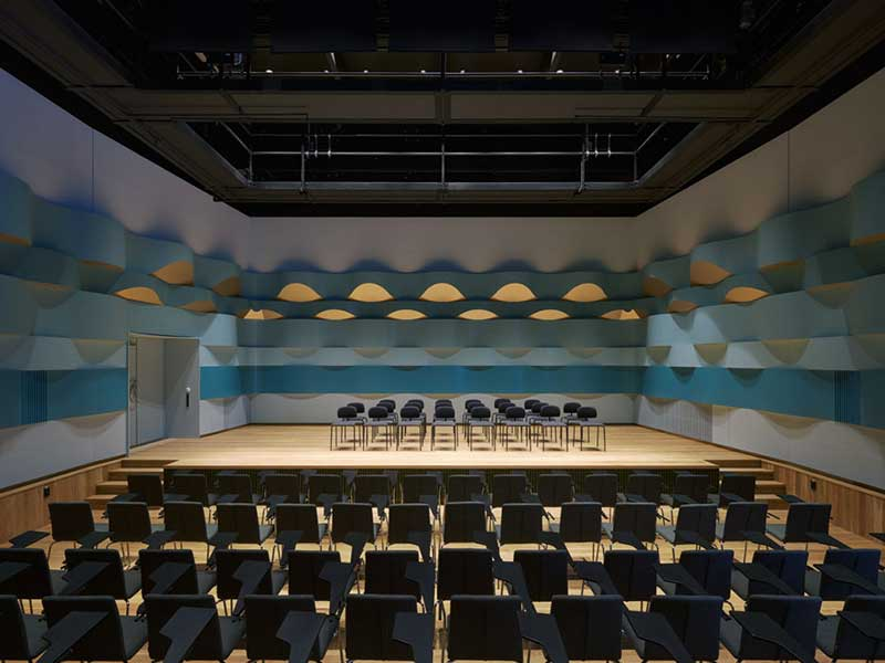 Bespoke wooden panels in the chamber room at royal college of music