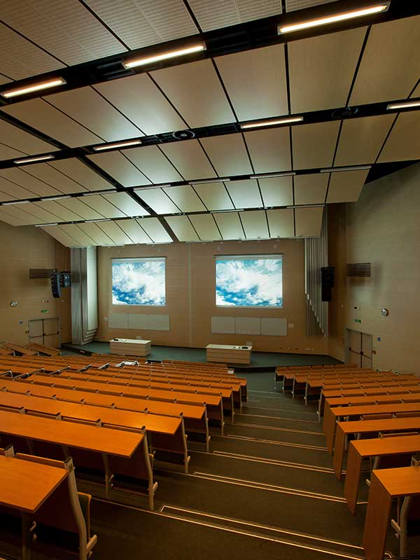 Auditorium cladded with Gustafs wall and ceiling panels