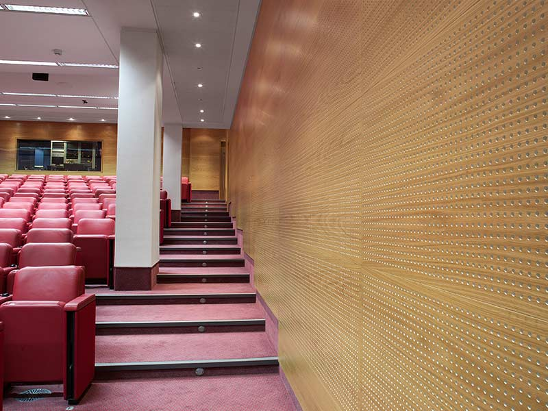 Lecture hall acoustic design at Royal Society of Medicine, London