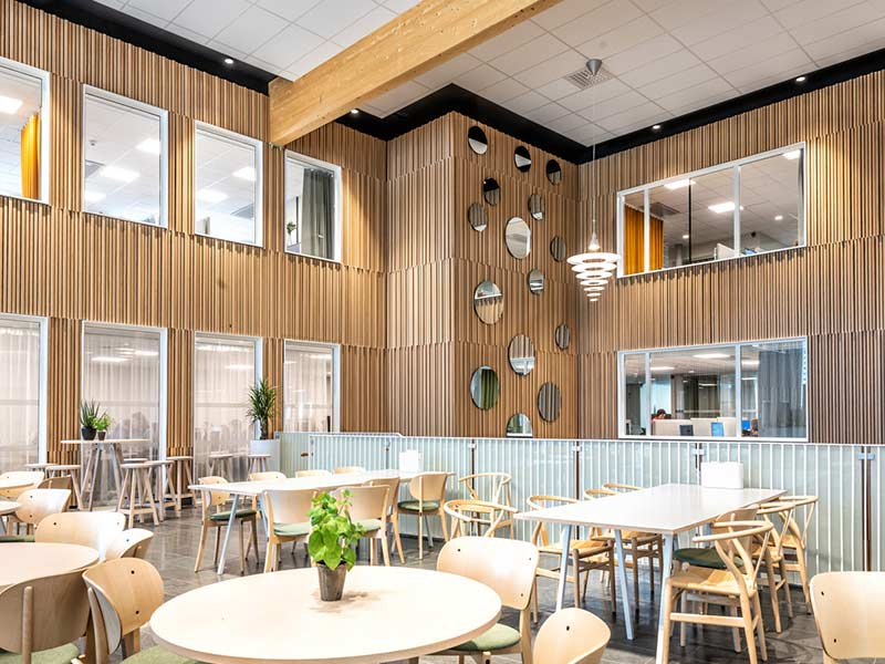 Office restaurant with wooden wall claddings