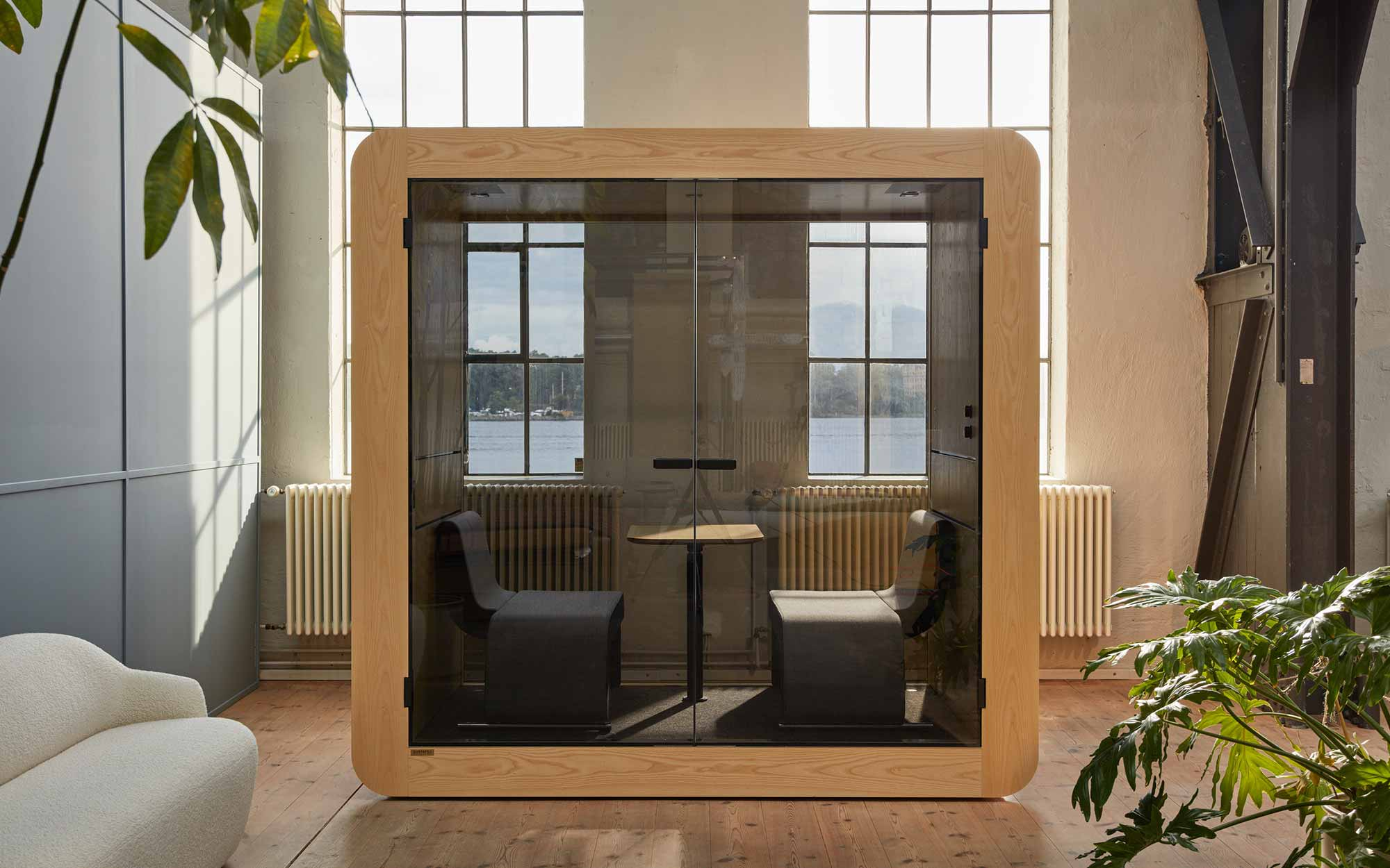 The reasons why your office need a private meeting pod